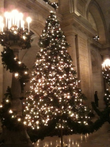 NYPL's nature-inspired Christmas tree