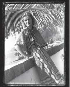 Martin Munkácsi photo of Doris in an ensemble that is in the exhibition. Source: Doris Duke Charitable Foundation Historical Archives, Duke University.
