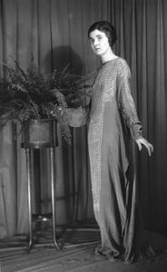 Mary Tannahill batik dress inspired by South Sea Island Art. 1919. Photo: Julius Kirschner. Source: AMNH
