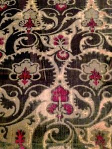 Voided velvet and silk from Venice, 1420
