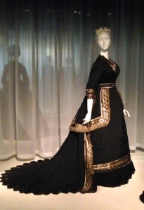 1868 wedding ensemble designed by West Virginia bride to honor casualties of the Civil War