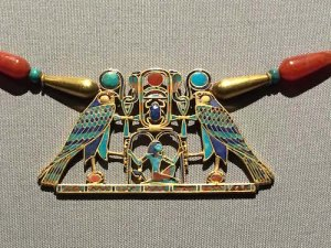 372-piece cloisonné pectoral of Princess Sithathoryunet. Gold, carnelian, lapis lazuli, turquoise, and garnet. 12th dynasty (1887-1878 B.C.).