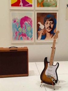 A decade apart – 1957 Stratocaster and Avendon's 1967 posters of the Beatles